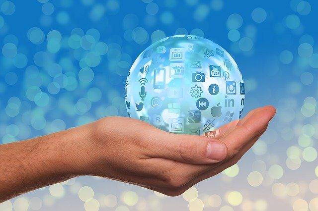 jak korzystać z płatności internetowych?
